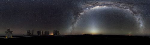 360-degree Panorama of the southern sky above the Paranal platform  Click the pic to see more... image from upload.wikimedia.org
