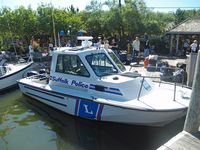 new york police boat - Google Search  Click the pic to run the search... image from upload.wikimedia.org